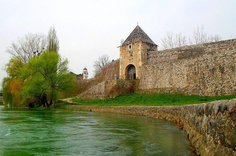 trdnjava_Kastel